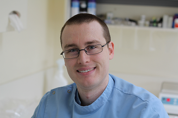 Dr. Mark Johnstone